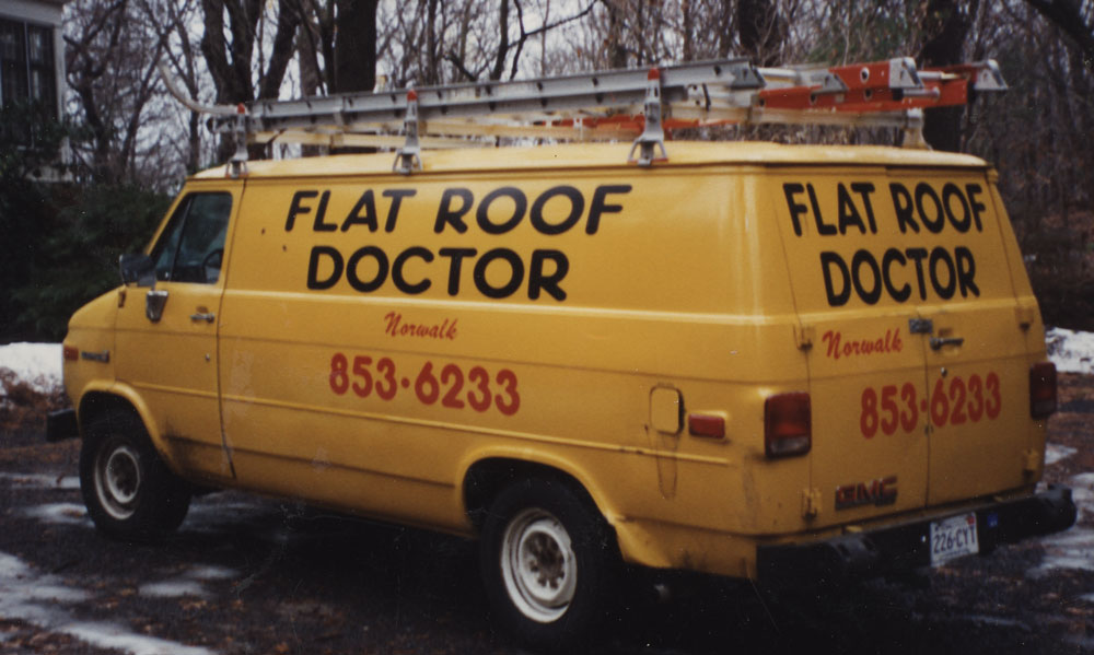 Flat roof Doctor Truck
